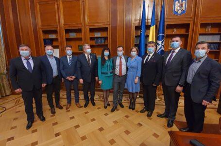 Deputatul Laurenţiu Leoreanu (vicepreşedinte PNL): Am continuat întâlnirile primarilor din Neamţ cu reprezentanţii Guvernului!