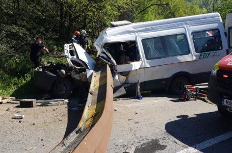 Ce traumatisme au suferit victimele accidentului de marţi, de la Tarcău
