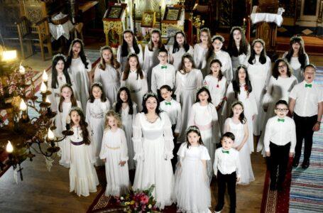 Priceasnă de sfânta sărbătoare a Înălţării Domnului, interpretată de Alina şi Allegria Music Jr. (foto-video)