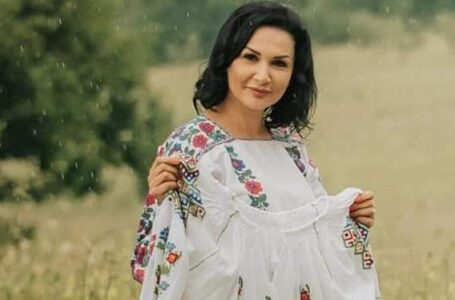 Florentina Moise: Nu există femeie care să nu fie frumoasă în ie, cum nu există copil care să nu strălucească în strai popular!