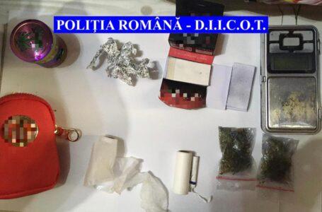 Descinderi la traficanţi de cocaină şi cannabis din Neamţ, Iaşi, Suceava şi Bacău (foto-video)