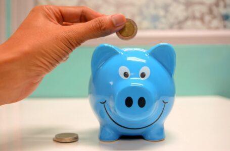 Îți dorești să îți mărești contul de economii? Iată TOP 3 metode prin care poți cheltui mai puțini bani în fiecare lună!
