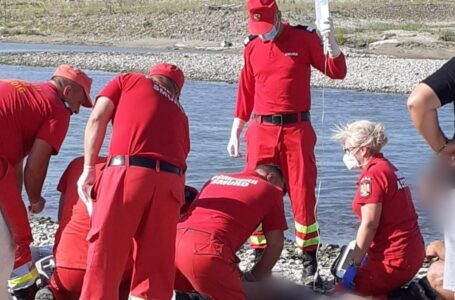 Tragedie pentru 5 familii din Neamţ. Cinci adolescenţi s-au înecat în râul Siret. (foto)