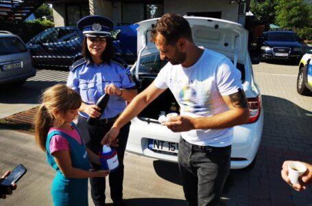 Pauză cu tâlc oferită, duminică, de poliţiştii din Neamţ (foto)