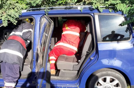 Două femei au fost rănite sâmbătă, într-un accident rutier produs în Neamț